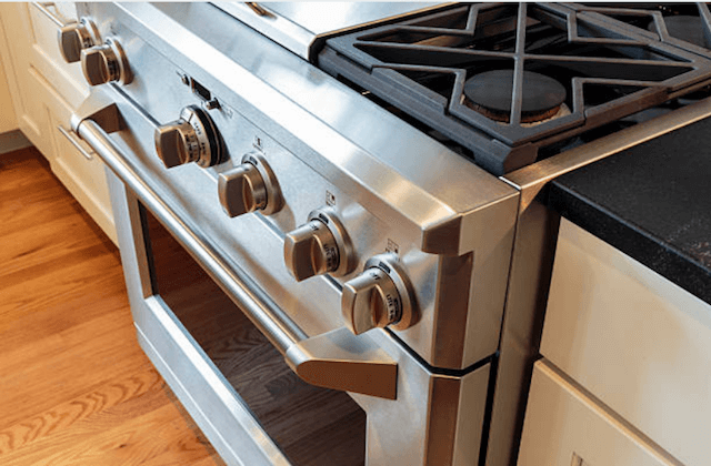 stove and oven image